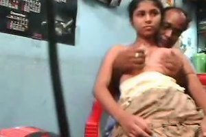 Indian Amateur Housewife Let Her Hubby Eat Out Her Hungry Wet Slit