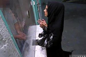 Muslim Whore Gangbang Desperate Arab Woman Fucks For Money